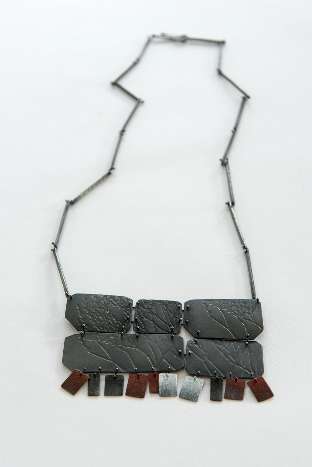 sprawl-neckpiece-oxidised-sterling-silver-enamel-paint-350mm-by-100-mm.jpg